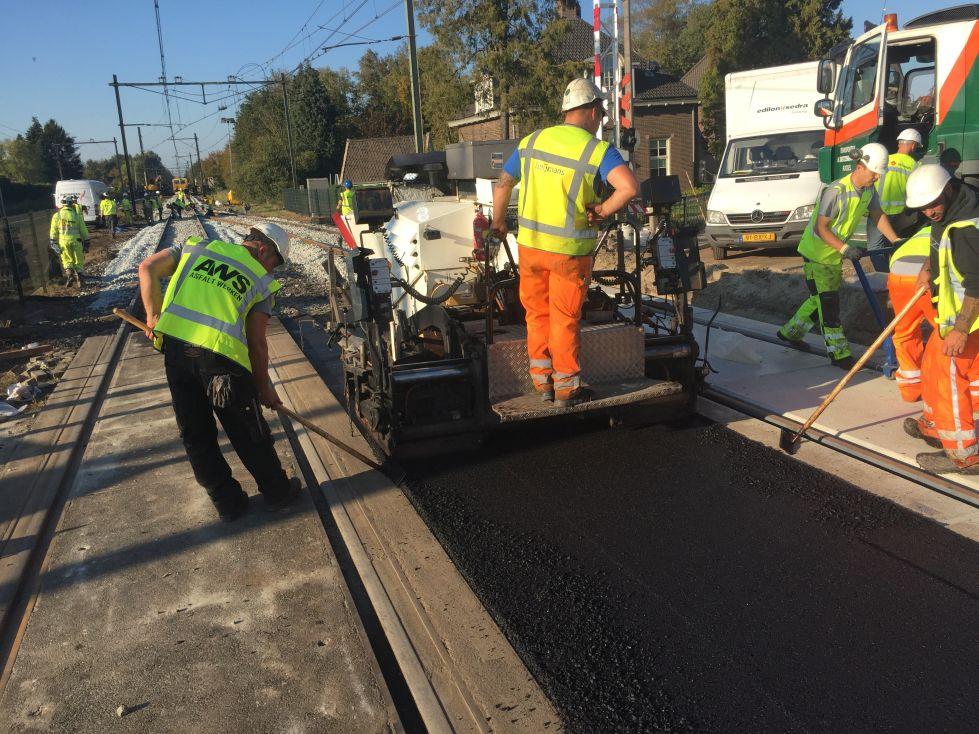 spoorwegovergangen asfaltwerkzaamheden AWS Asfaltwerken