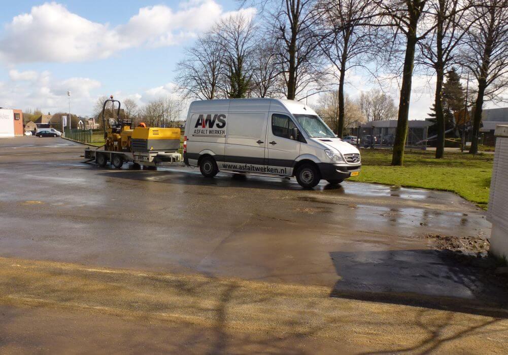 Reparatie asfalt sleuf